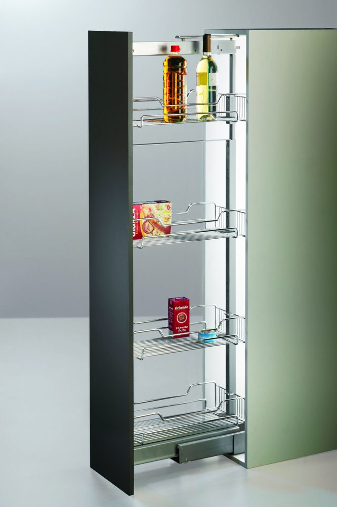 Pull Out Pantry With Wire Baskets Kantek